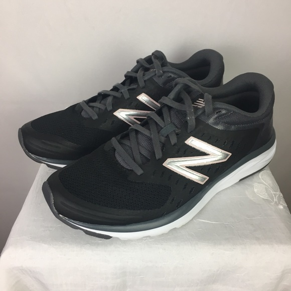 New Balance Runners | Sneakers | Black | Silver 8